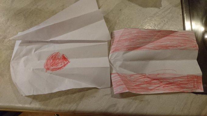 日の丸とオーストリアの国旗