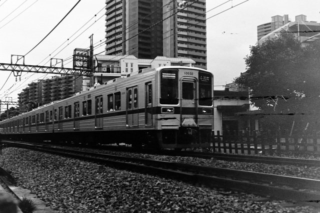 Tobu-Tojo Line Express bound for Ogawa-machi / Rollei Retro 400S