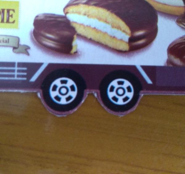 チョコパイトミカ タイヤ