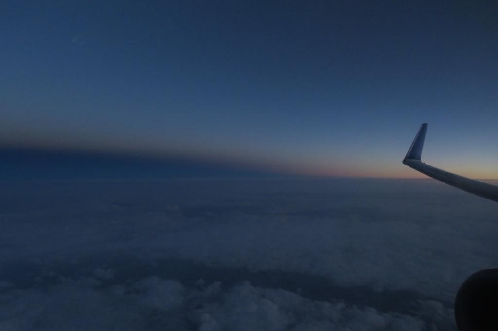 NH1748 機窓