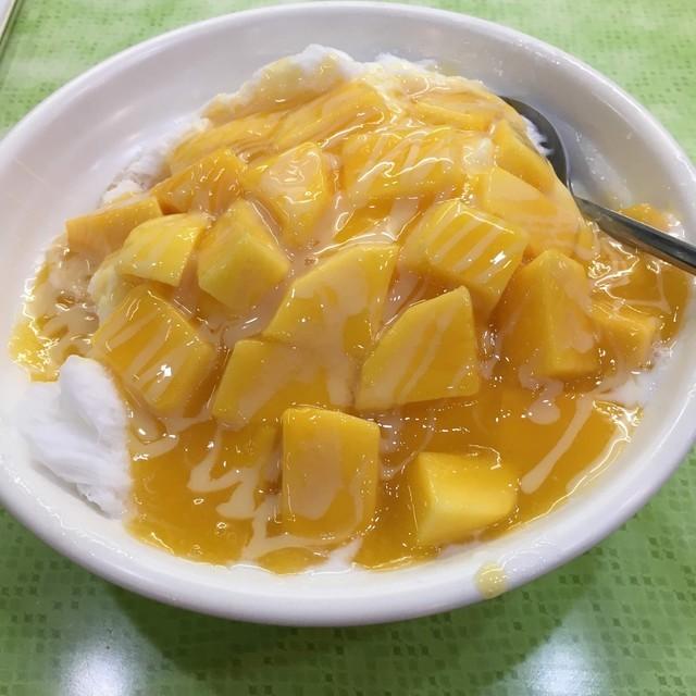 冰讃のマンゴーかき氷