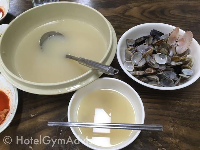カルグクスと貝殻