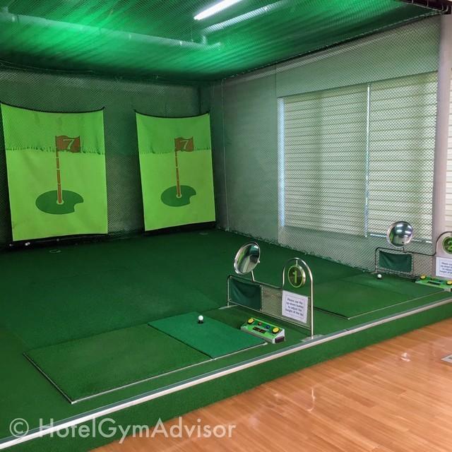 ゴルフ練習打席
