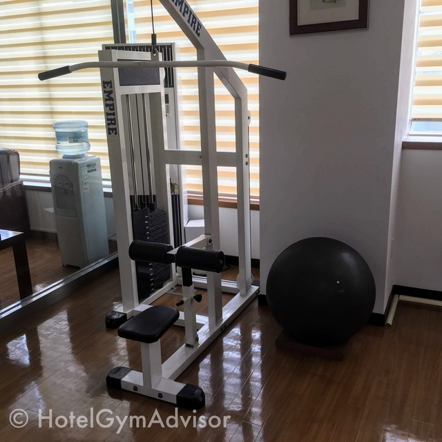 Lat pull down at Best Western Premier Incheon Airport