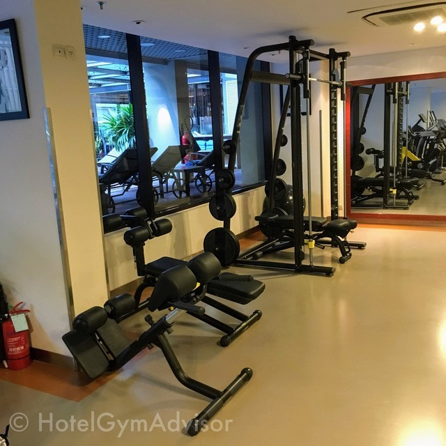 Smith machine in Sila Urban Living