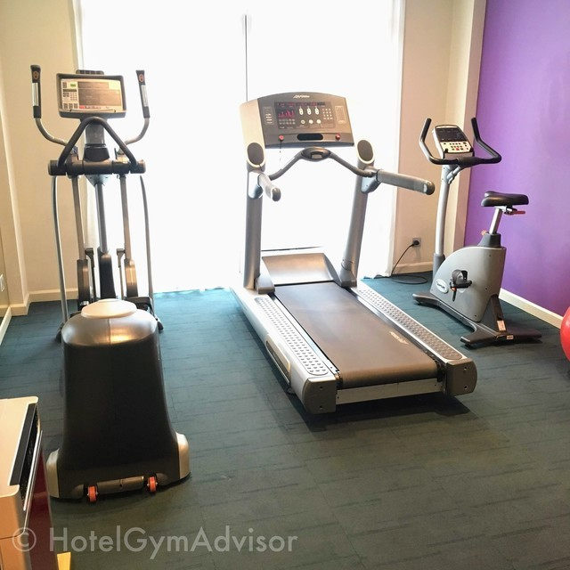 Cardio machines at Mercure Hanoi La Gare