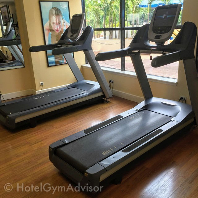 Cardio machines at Hilton Hanoi Opera