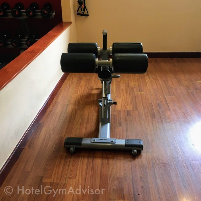 Abdominal bench at Hilton Hanoi Opera