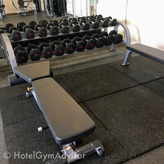 Flat-incline bench at  Citadines Regency Saigon