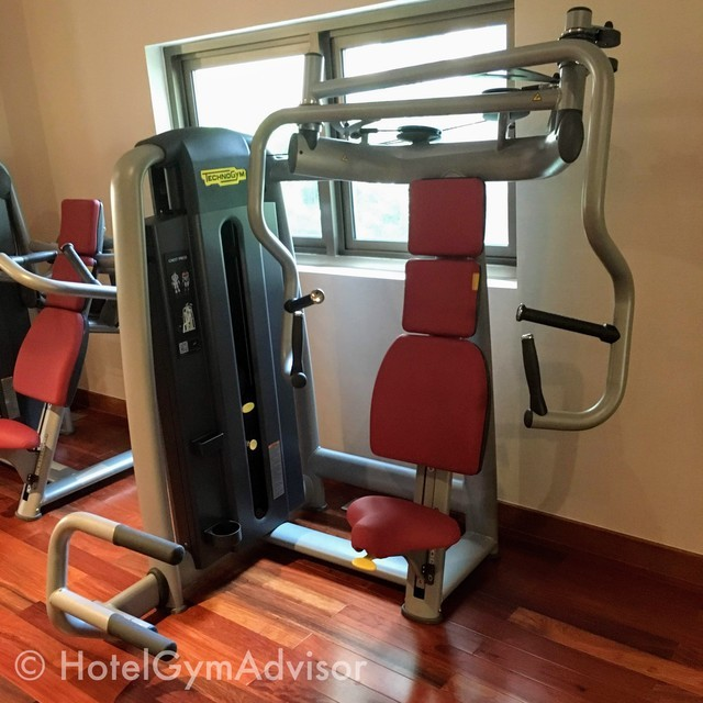 Chest press machine at Sherwood Suites