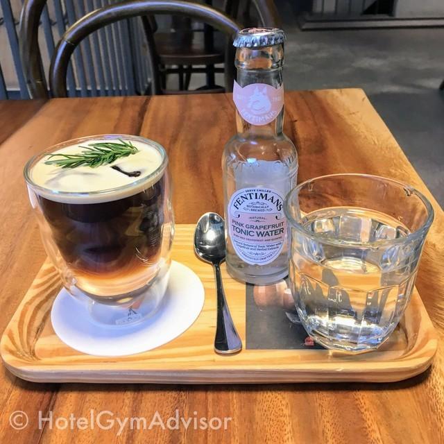 コーヒーとトニックウォーター