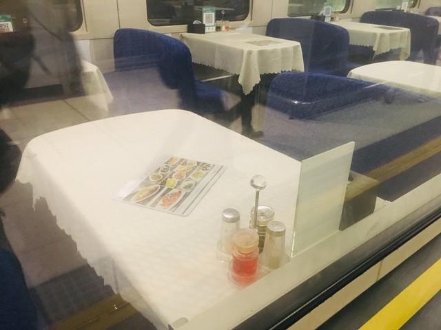 広九直通列車の食堂車