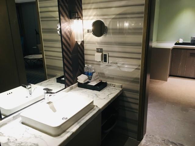 アロフト広州天河の洗面台