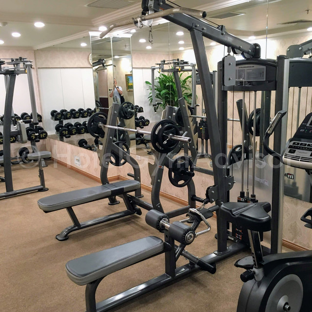 Lat pull down and bench press at Light Hotel Hanoi