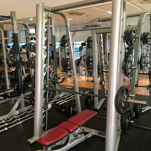 Smith machine in Stanford Hotel Seoul