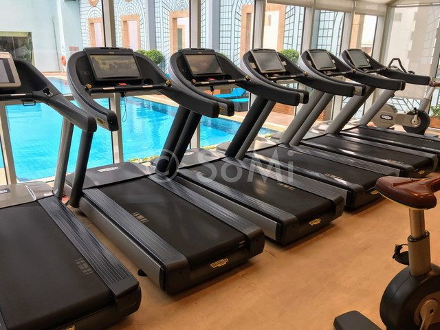 Cardio machines at Sheraton Saigon