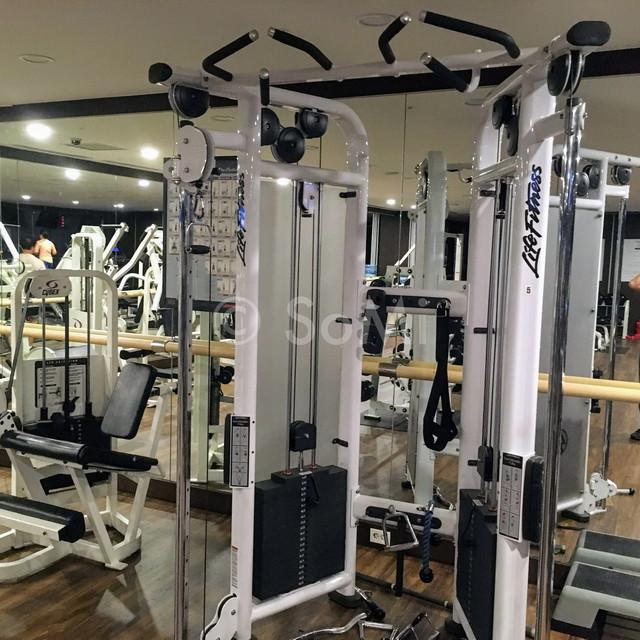 Dual adjustable pulley in Orakai Insadong Suites