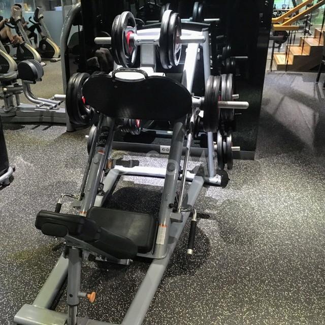Leg press machine in the gym of Ramada by Wyndham Seoul