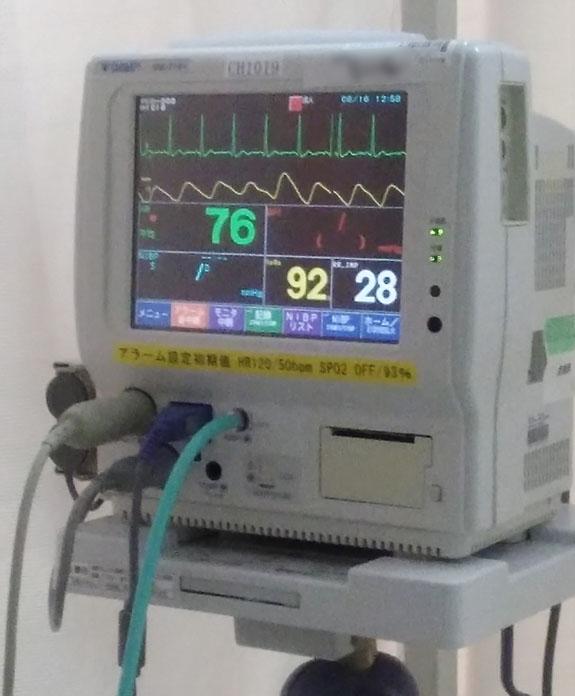心電図・酸素測定機器