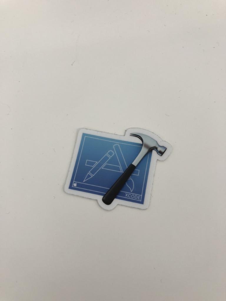 Labで貰えたXcodeのアイコンのステッカー plain