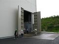 巨大扉の恐怖