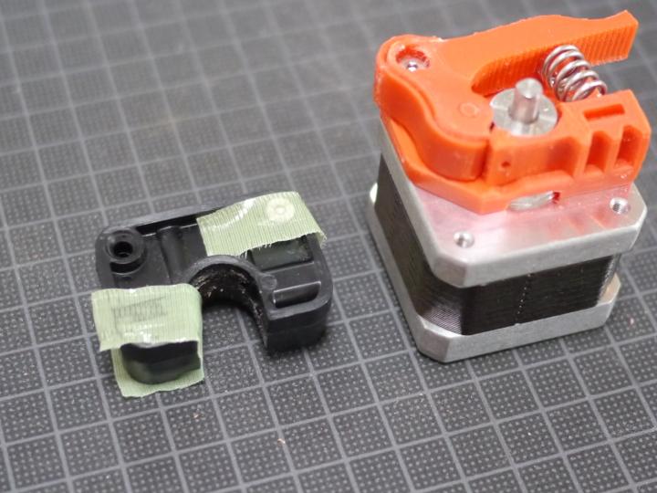 Replicator 2のエクストルーダを改良