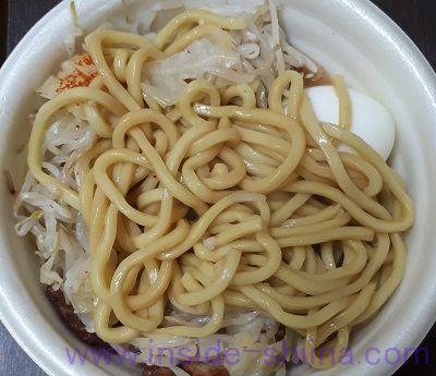 野菜マシにんにく醤油ラーメン(ファミマ)太麺