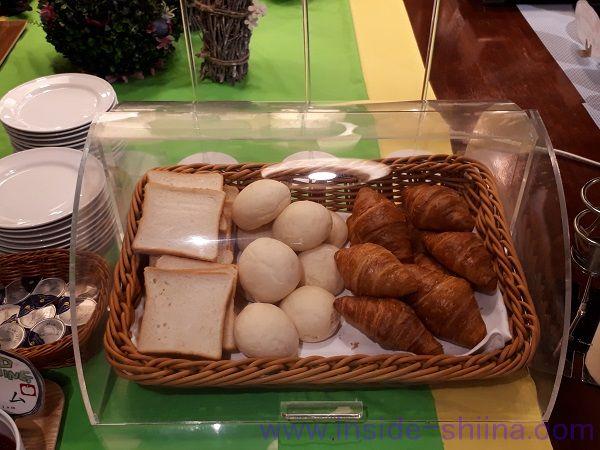 糖質制限中の出張における朝食主食系2