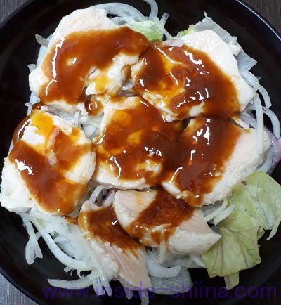 よだれ鶏麻辣ソースの切れてるサラダチキン(セブン)レタス