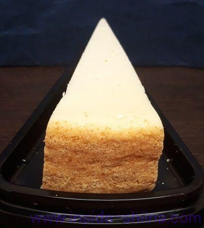 カルディ ニューヨークチーズケーキ プレーン外側