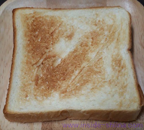 クイーンズベーカリー 低糖質食パン トースト