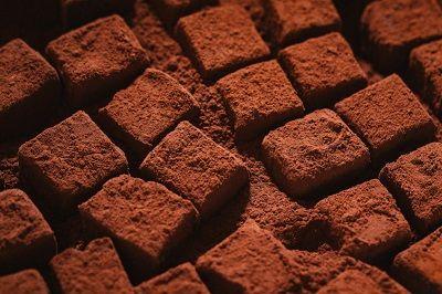 明治 ザバス ウェイトダウン チョコレート風味とニキビ