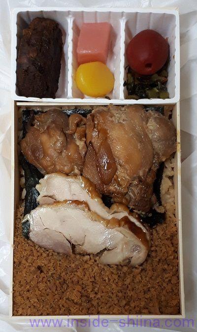 日本三大鶏飯駅弁 駅弁 鶏めし の見た目
