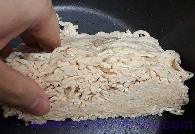 豆腐干絲 断面