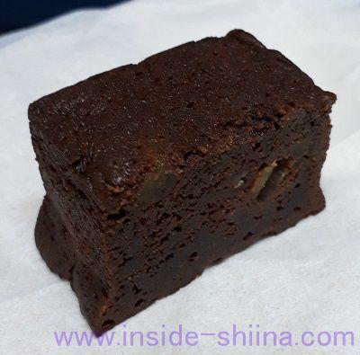 アップルチョコレートケーキ ラム酒入り(カルディ) 見た目横から