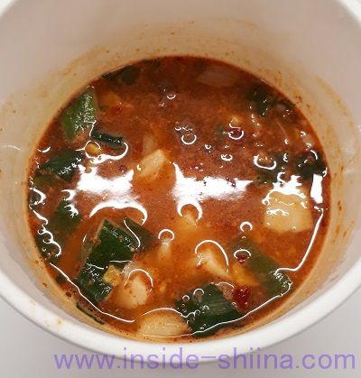 純豆腐スンドゥブチゲスープ(日清食品) 見た目