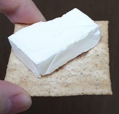 チーズonクラッカー 食べ方