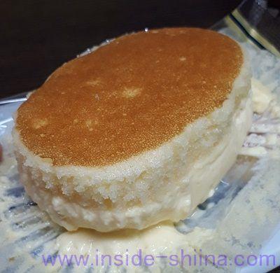 北海道チーズ蒸しケーキのとろけるぷりん 見た目