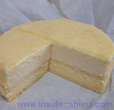 ルタオのチーズケーキ「ドゥーブルフロマージュ」の断面