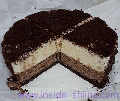 ルタオのチョコレートケーキ「ショコラドゥーブル」の断面