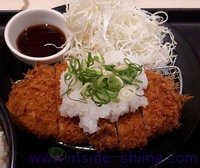 おろしポン酢ロースかつ定食(松のや)