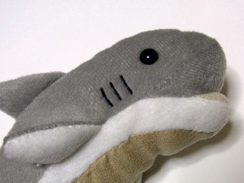 あまりサメには見えない