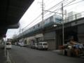 [西区][京浜東北根岸線]高架下