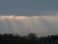 雲の切れ間から光が!