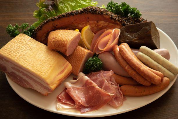 多くの食品添加物が使われる加工食品