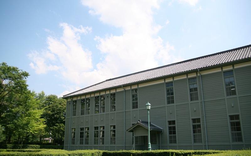 あがたの森公園/旧松本高等学校本館