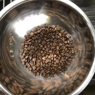 ハンドピック後の珈琲豆