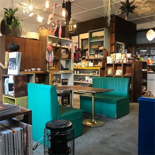 モクモクコーヒーの店内