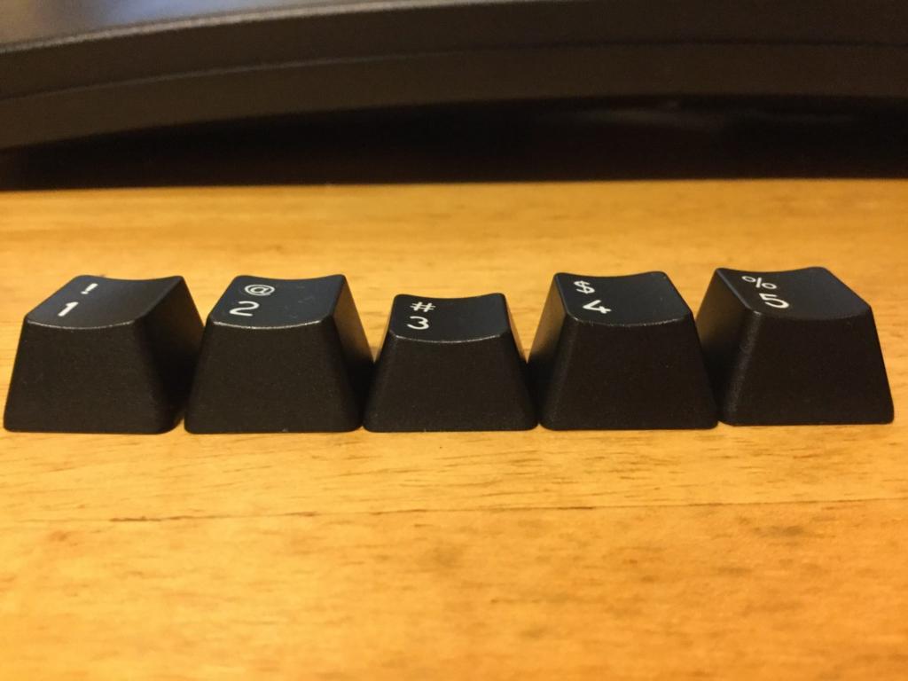 数字の段のキーキャップ