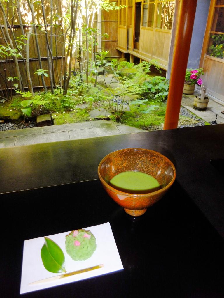 金沢ひがし茶屋街の重要文化財・志摩にある寒村庵でいただく抹茶と上生菓子